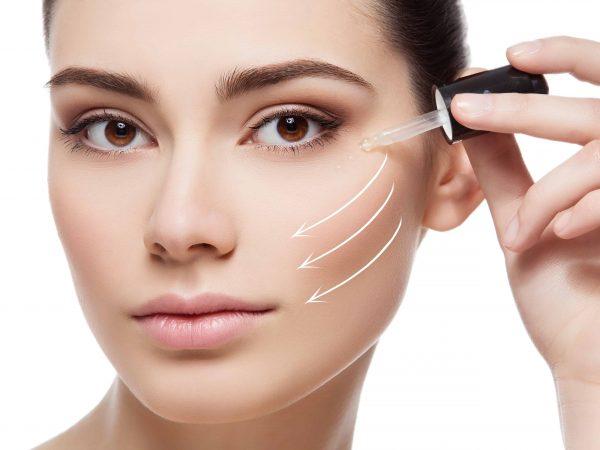 Un sérum de retinol mejorará la apariencia de la piel de hombres y mujeres por igual. (Fuente: Mandrikova: 51170131/ 123rf.com)