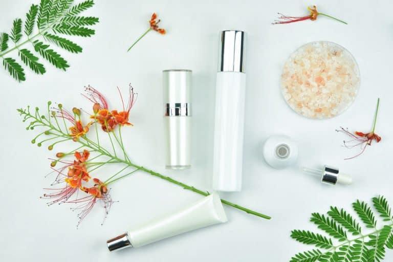 tratamiento-de-acne-2-Artfully-80907857_s-768x512