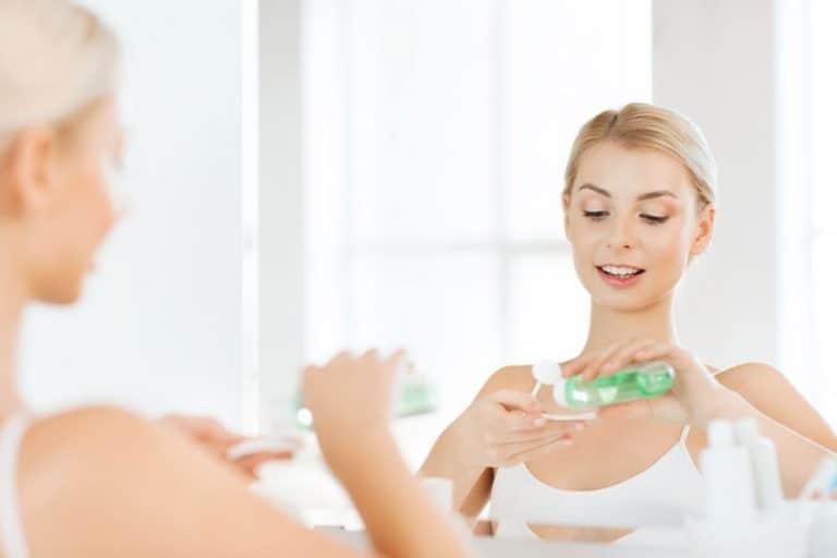 tratamiento-de-acne-Dolgachov-59260325_s-768x512