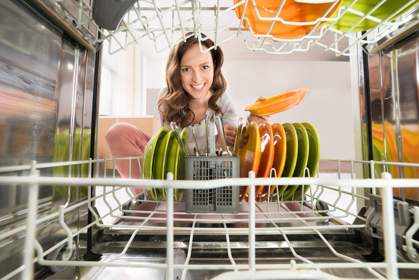 Mujer lavando