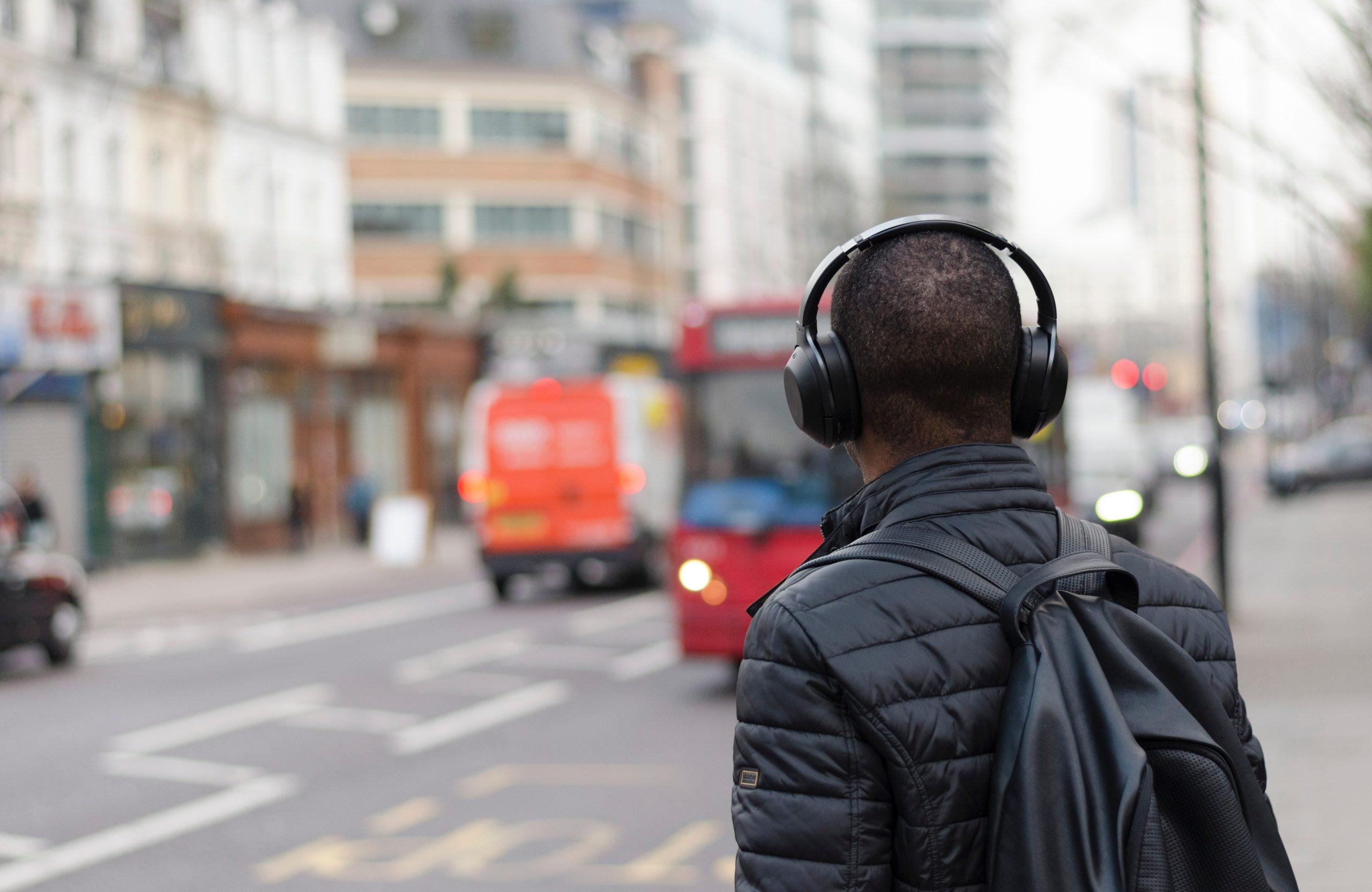 Audifonos-con-cancelacion-de-ruido