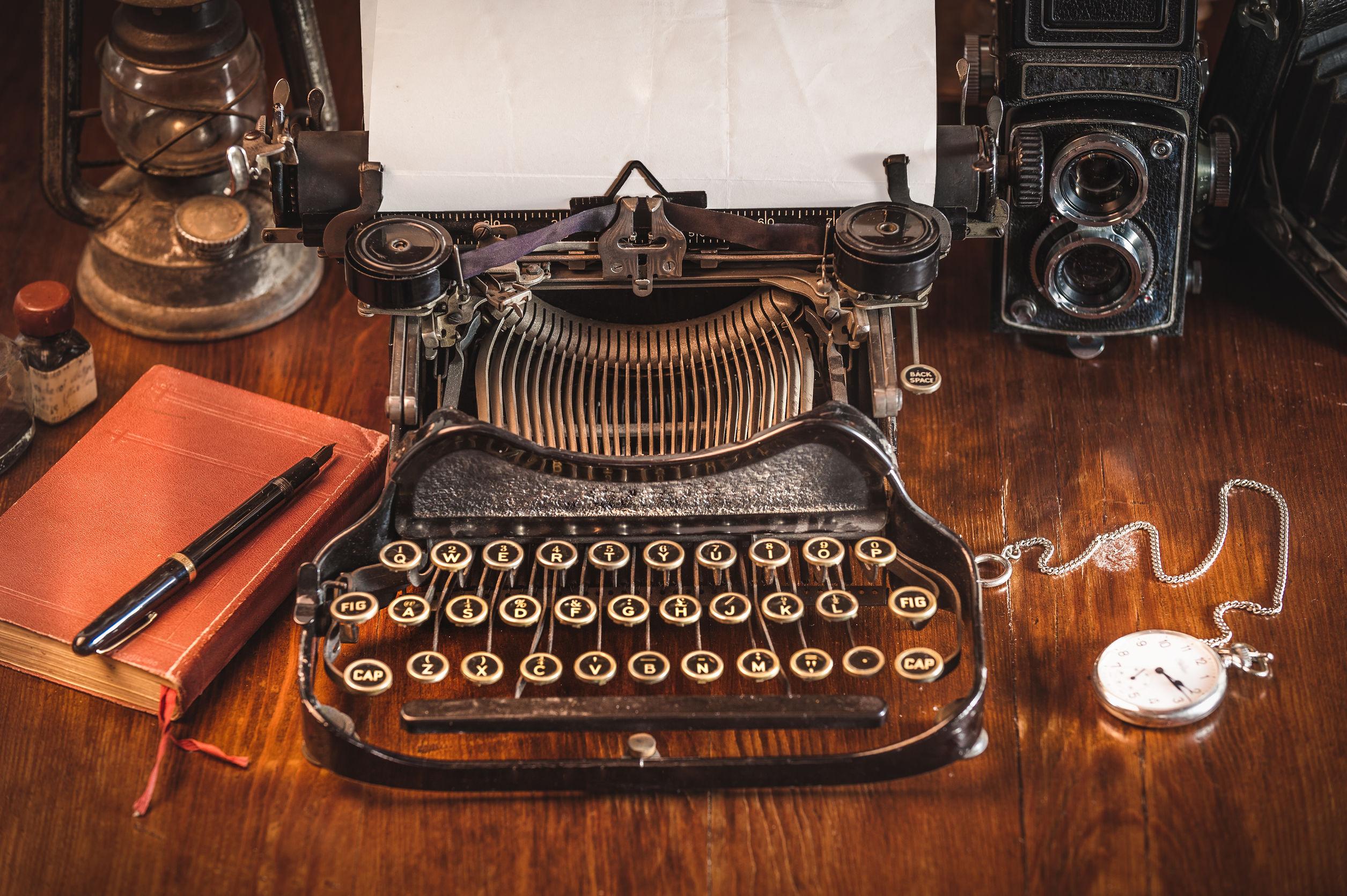 Maquinas-de-escribir-antigua