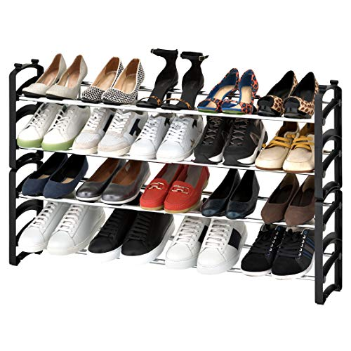 Seville Classics Zapatero extensible de 4 niveles, 24 pares, de resina, para armario, entrada, dormitorio, organizador de calzado, postes cromados